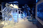 Het IJsbeelden Festival presenteert '200 jaar Koninkrijk der Nederlanden', een vorstelijke geschiedenis in ijs en sneeuw.<br /> <br /> Op de foto: IJssculptuur van de moord op Willem van Oranje