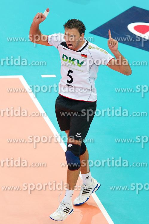 11.09.2011, O2 Arena, Prag, CZE, Europameisterschaft Volleyball Maenner, Vorrunde D, Deutschland (GER) vs Slowakei (SVK), im Bild Bjoern/Björn Andrae (#5 GER / Kemerovo RUS) // during the 2011 CEV European Championship, Germany vs Slovakia at O2 Arena, Prague, 2011-09-11. EXPA Pictures © 2011, PhotoCredit: EXPA/ nph/  Kurth       ****** out of GER / CRO  / BEL ******