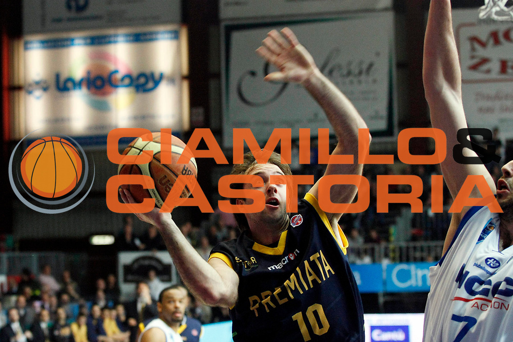 DESCRIZIONE : Cantu Lega A 2008-09 NGC Cantu Premiata Montegranaro<br /> GIOCATORE : Daniele Cavaliero<br /> SQUADRA : Premiata Montegranaro<br /> EVENTO : Campionato Lega A 2008-2009<br /> GARA : NGC Cantu Premiata Montegranaro<br /> DATA : 29/03/2009<br /> CATEGORIA : Penetrazione<br /> SPORT : Pallacanestro<br /> AUTORE : Agenzia Ciamillo-Castoria/G.Cottini
