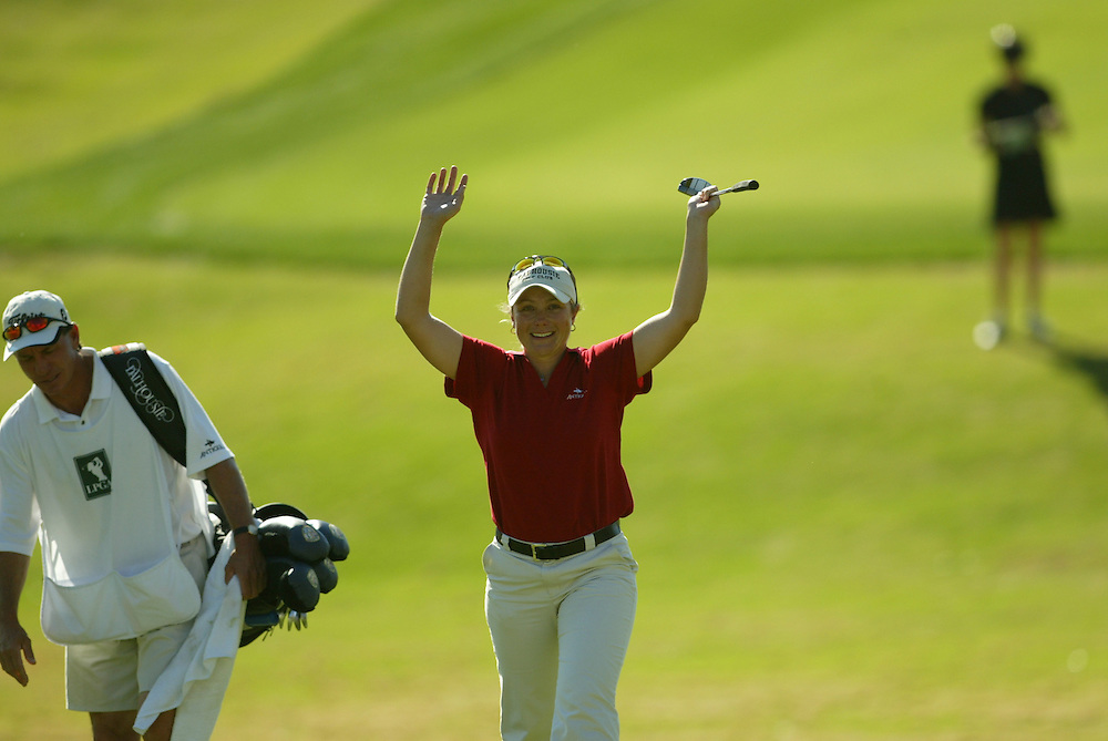 Karen Stupples..LPGA Welch's Fry's Championship.Final Round.Dell Urich Course at Randolph Park.Tucson, AZ.Sunday, March 14 2004..photograph by Darren Carroll