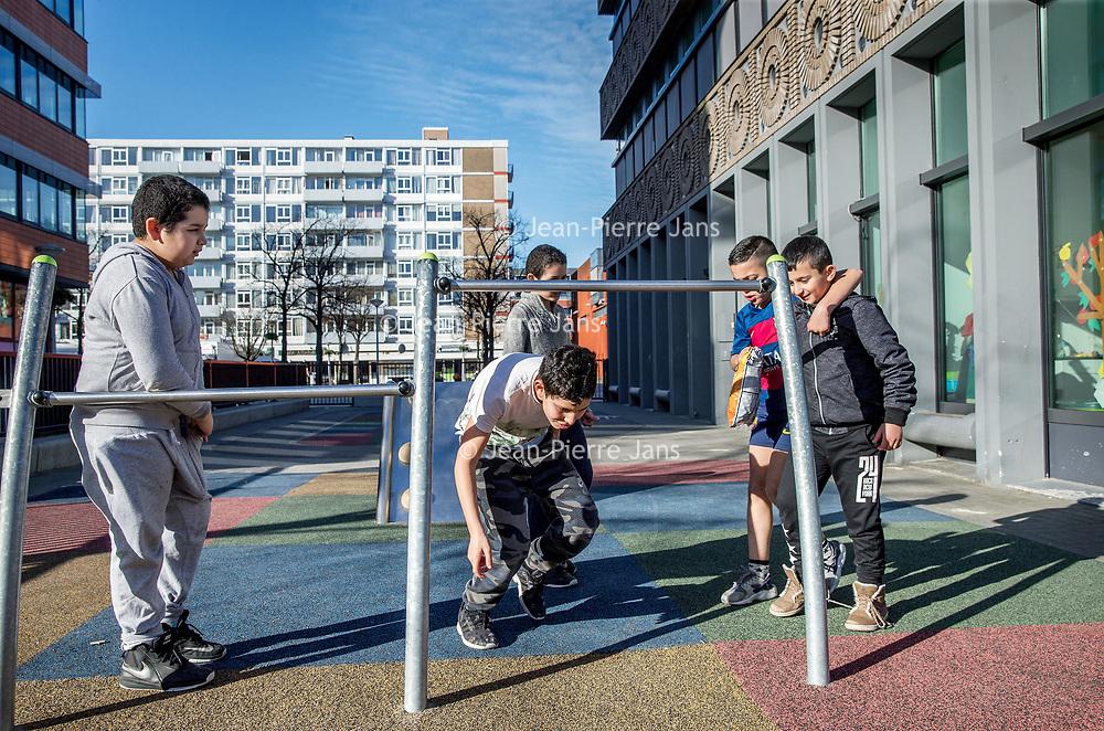 Nederland, Amsterdam, 15 maart 2017.<br /> Sfeerbeeld in de buurt August Allebéplein voor bevolkingsgezondheids verhaal.<br /> <br /> <br /> Foto: Jean-Pierre Jans
