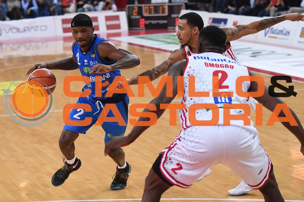 Lee Moore<br /> VL Pesaro - Germani Leonessa Basket Brescia<br /> Lega Basket Serie A 2017/2018<br /> Pesaro, 01/10/2017<br /> Foto M.Ceretti / Ciamillo - Castoria