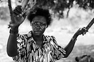 Lossepladsen i Bamburi ved Kenya-kysten. Lossepladsen opstod i 2008, da store lastbiler pludselig begyndte at læsse affald af i området. Siden er den vokset dag for dag. De nu over 20 hektar forurener et langt større område med røg,  inficeret vand og affald. Mellemfolkeligt Samvirke vil med midlerne fra Danmarks Indsamling 2013 hjælpe de over 7.000 beboere i området, så de kan presse administrationen i Mombasa til at stoppe de mange overtrædelser af deres rettigheder.