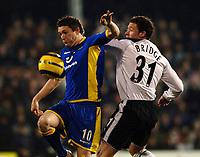 Photo: Daniel Hambury.<br />Fulham v Tottenham Hotspurs. Barclays Premiership. 31/01/2006.<br />Fulham's Wayne Bridge and Tottenham's Robbie Keane battle.