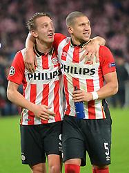08-12-2015 NED: UEFA CL PSV - CSKA Moskou, Eindhoven<br /> PSV wint met 2-1 en plaatst zich voor de volgende ronde in de CL / Luuk de Jong #9, Jeffrey Bruma #5