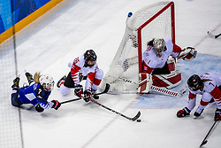 22-02-2018 KOR: Olympic Games day 13, PyeongChang<br /> Final Ice Hockey Canada - USA 2-3 / Emily Clark #26 of Canada, Monique Lamoureux-Morando #7 of the United States, Shannon Szabados #1 of Canada