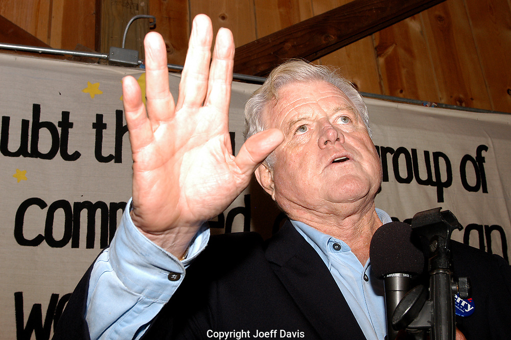 IOWA CITY, IA - SEPTEMBER 27, 2003: Senator Ted Kennedy of Massachusetts during a campaign stop for John Kerry's bid for the 2004 Democratic presidential nomination. ...