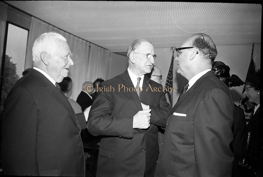 The new U.S. Embassy in Ballsbridge was officially opened by Congressman Wayne L. Hays of Ohio.  Picture shhows Mr. McCloskey, U.S. Ambassador, President Eamon de Valera, and Congressman E. Ross Adair..23.05.1964