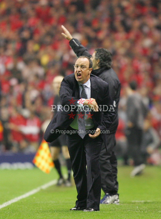LIVERPOOL, ENGLAND. TUESDAY, MAY 3rd, 2005: Liverpool's manager Rafael Benitez and Chelsea's manager Jose Mourinho during the UEFA Champions League Semi Final 2nd Leg at Anfield. (Pic by David Rawcliffe/Propaganda)