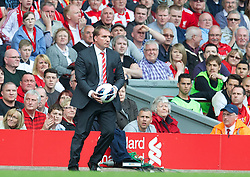 05.05.2013, Anfield, Liverpool, ENG, Premier League, FC Liverpool vs FC Everton, 36. Runde, im Bild Liverpool's manager Brendan Rodgers against Everton during the English Premier League 36th round match between Liverpool FC and Everton FC at Anfield, Liverpool, Great Britain on 2013/05/05. EXPA Pictures © 2013, PhotoCredit: EXPA/ Propagandaphoto/ David Rawcliffe..***** ATTENTION - OUT OF ENG, GBR, UK *****