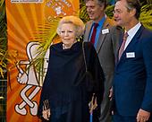 Prinses Beatrix bij Nationaal Schoolontbijt