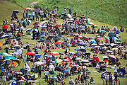 March 27-29, 2015: Malaysian Grand Prix - Fans brave the heat during the Malaysian Grand Prix