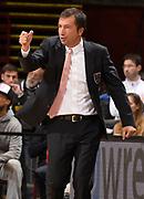 DESCRIZIONE : Milano Lega A 2014-2015 EA7 Emporio Armani Milano Umana Venezia<br /> GIOCATORE : Luca Banchi<br /> CATEGORIA : allenatore coach esultanza<br /> SQUADRA : EA7 Emporio Armani Milano<br /> EVENTO : Campionato Lega A 2014-2015<br /> GARA : EA7 Emporio Armani Milano Umana Venezia<br /> DATA : 26/10/2014<br /> SPORT : Pallacanestro<br /> AUTORE : Agenzia Ciamillo-Castoria/R.Morgano<br /> GALLERIA : Lega Basket A 2014-2015<br /> FOTONOTIZIA : Milano Lega A 2014-2015 EA7 Emporio Armani Milano Umana Venezia<br /> PREDEFINITA :