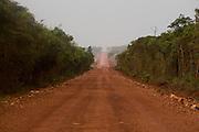 Leme do Prado_MG, Brasil...Estrada de terra em Leme do Prado, Minas Gerais...A dirt road in Leme do Prado, Minas Gerais...Foto: LEO DRUMOND / NITRO.