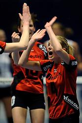 27-03-2011 VOLLEYBAL: TVC AMSTELVEEN - HEUTINK POLLUX: AMSTELVEEN <br /> Halve finale playoffs eredivisie 2010 - 2011 / Tess von Piekartz<br /> ©2011 Ronald Hoogendoorn Photography
