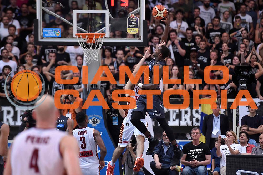 Dustin Hogue<br /> Dolomiti Energia Aquila Basket Trento - Umana Reyer Venezia<br /> Lega Basket Serie A 2016/2017<br /> Playoff, finale gara 4<br /> Trento, 16/06/2017<br /> Foto M.Ceretti / Ciamillo-Castoria
