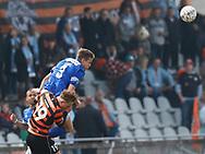 FODBOLD: Mads Gabel (Fremad Amager) header væk under kampen i NordicBet Ligaen mellem Fremad Amager og FC Helsingør den 2. april 2017 i Sundby Idrætspark. Foto: Claus Birch