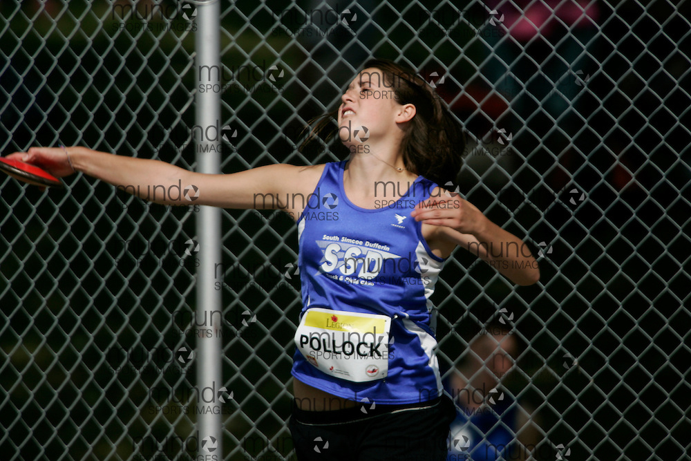 Ottawa, Ontario ---10-08-07--- Pollock competes in the discus at the 2010 Royal Canadian Legion Youth Track and Field Championships in Ottawa, Ontario August 7, 2010..GEOFF ROBINS/Mundo Sport Images.