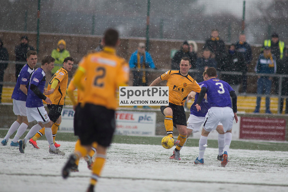 Annan Athletic v East Fife SPFL2 16 January 2016<br />Peter Weatherson on the ball.<br />(c) Russell G Sneddon / SportPix.org.uk