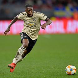 Aaron Wan-Bissaka of Man United attacks