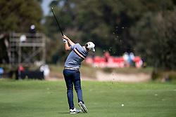November 15, 2018 - Sydney, NSW, U.S. - SYDNEY, AUSTRALIA - NOVEMBER 15: Cameron Smith (AUS) hits his approach shot at Day 1 of The Emirates Australian Open Golf on November 15, 2019, at The Lakes Golf Club in Sydney, Australia. (Photo by Speed Media/Icon Sportswire) (Credit Image: © Speed Media/Icon SMI via ZUMA Press)
