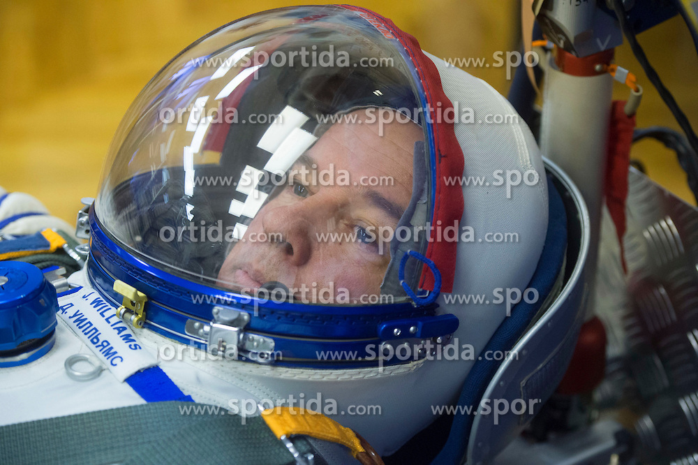 File image dated 04 Mar 2016.In the Integration Facility at the Baikonur Cosmodrome in Kazakhstan, Expedition 47-48 crewmember Jeff Williams of NASA strikes a thoughtful look in his Russian Sokol launch and entry suit March 4 during leak checks of the suit as part of pre-launch training. The launch of the Soyuz rocket is scheduled for 18 Mar 2016 and will carry Expedition 47 Soyuz Commander Alexey Ovchinin of Roscosmos, Flight Engineer Jeff Williams of NASA, and Flight Engineer Oleg Skripochka of Roscosmos into orbit to begin their five and a half month mission on the International Space Station, as the first British astronaut on the ISS, Tim Peake passes over three months aboard the station as part of his Principia mission. EXPA Pictures &copy; 2016, PhotoCredit: EXPA/ Photoshot/ Atlas Photo Archive/ROSCOSMOS/NASA<br /> <br /> *****ATTENTION - for AUT, SLO, CRO, SRB, BIH, MAZ, SUI only*****