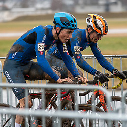 20190201: UCI CX Worlds : Dübendorf: Filippo Agostinacio and Bryan Olivio batteling shoulder to shoulder