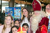 perspresentatie Sinterklaas Meezingboek met Maan