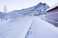 Broen fra Gol stasjon til Gol sentrum..Temperatur: 23 kuldegrader