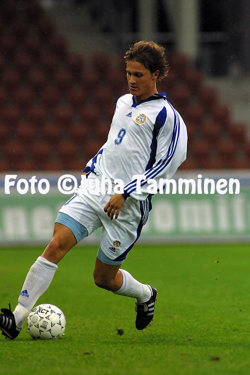04.09.2001, Finnair Stadium, Helsinki, Finland. UEFA U-21 European Championship Qualifying Match, Finland v Greece. Paulus Roiha (FIN).©JUHA TAMMINEN