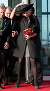 Koningin Maxima vertrekt na de opening van het nieuwe duurzame bedrijvencomplex Lely Campus in Maassluis. <br /> <br /> Queen Maxima leaves after the opening of the new sustainable business complex Lely Campus in Maassluis.