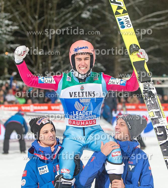 06.01.2015, Paul Ausserleitner Schanze, Bischofshofen, AUT, FIS Ski Sprung Weltcup, 63. Vierschanzentournee, Finale, im Bild v.l.: Manuel Fettner (AUT), Gesamtsieger Stefan Kraft (AUT) und Gregor Schlierenzauer (AUT) // f.l.: Manuel Fettner of Austria, Stefan Kraft of Austria and Gregor Schlierenzauer of Austria during Final Jump of 63rd Four Hills <br /> Tournament of FIS Ski Jumping World Cup at the Paul Ausserleitner Schanze, Bischofshofen, Austria on 2015/01/06. EXPA Pictures &copy; 2015, PhotoCredit: EXPA/ JFK