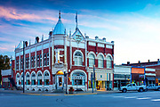 Kansas / Morris County / Council Grove / Flint Hills / Farmers And Drovers Bank / National Register Of Historic Places / Built In 1892 / Main Street / Santa Fe Trail / Dawn