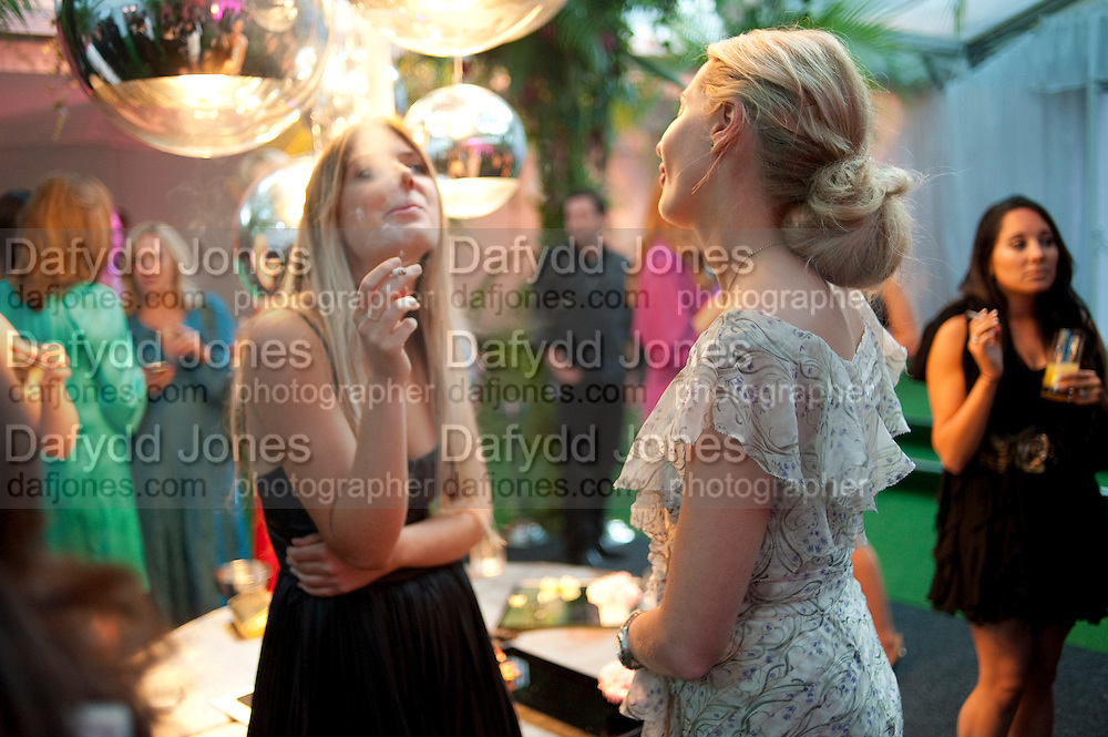 THEODORA WARRE; SOPHIA GREEN, Glamour Women of the Year Awards 2011. Berkeley Sq. London. 9 June 2011.<br /> <br />  , -DO NOT ARCHIVE-© Copyright Photograph by Dafydd Jones. 248 Clapham Rd. London SW9 0PZ. Tel 0207 820 0771. www.dafjones.com.