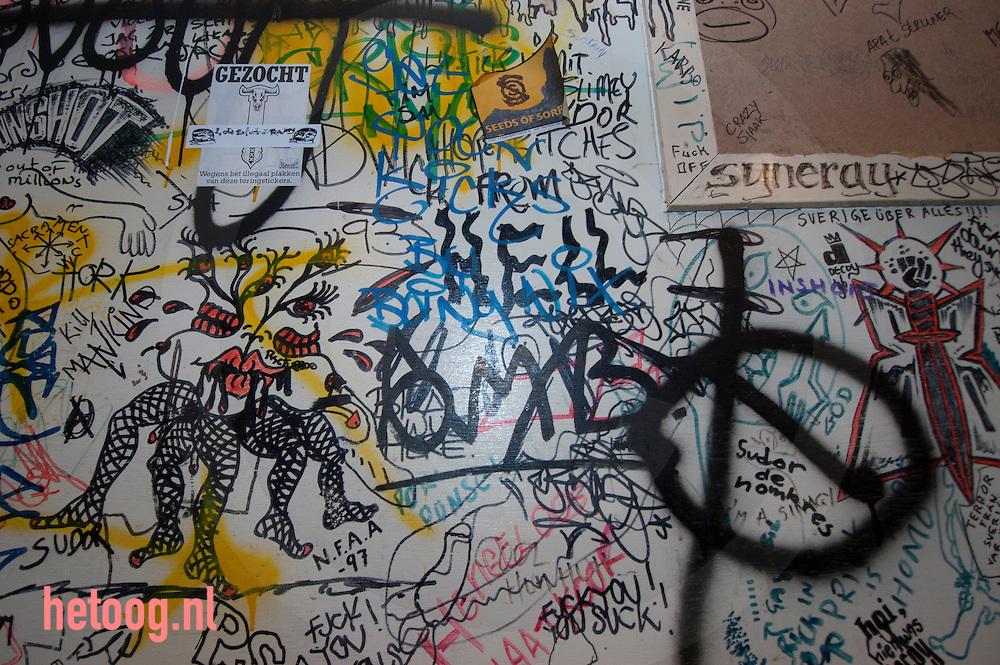 nederland, hengelo, kleedkamer(s) poppodium metropool  (de oude) wemenstraat