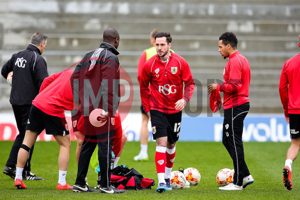 Bristol City's Greg Cunningham during the warm up  - Photo mandatory by-line: Matt McNulty/JMP - Mobile: 07966 386802 - 03/04/2015 - SPORT - Football - Oldham - Boundary Park - Oldham Athletic v Bristol City - Sky Bet League One