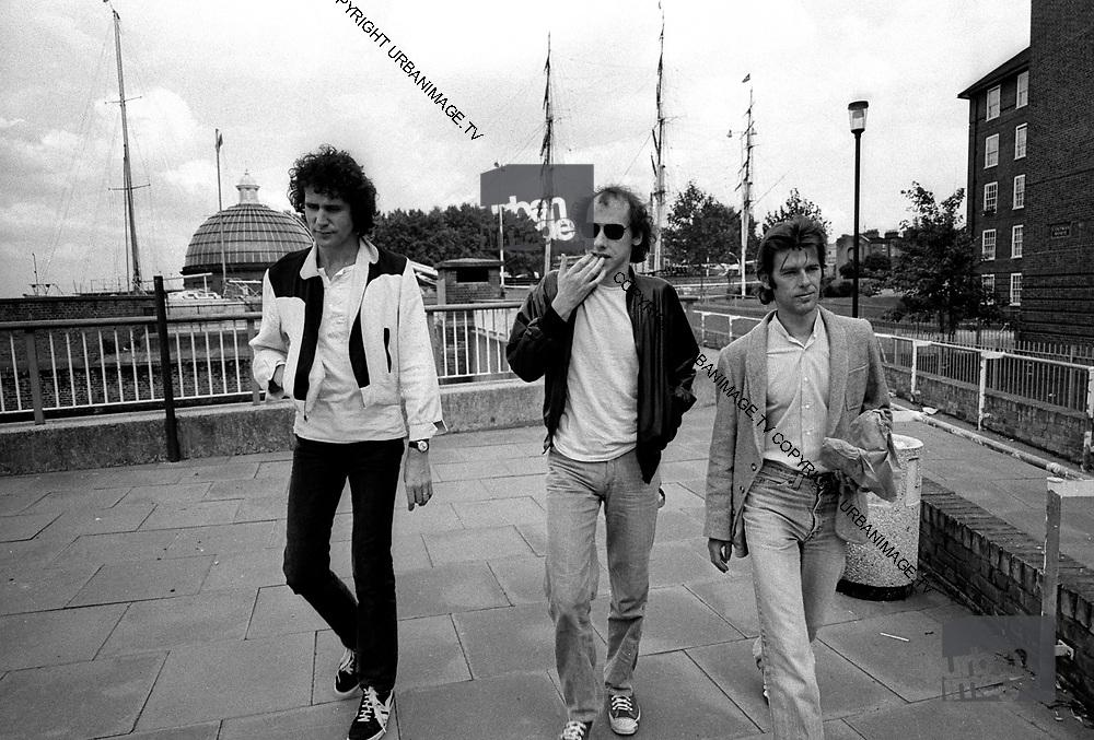 Dire Straits Mark Knopfler and band at Wood Wharf studios 1981