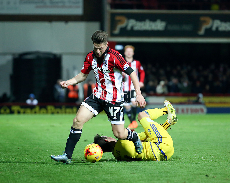 Brentford midfielder Sergi Canos winning the ball in the run up to Brentford scoring the winning goal during the Sky Bet Championship match between Brentford and Nottingham Forest at Griffin Park, London, England on 21 November 2015. Photo by Matthew Redman.