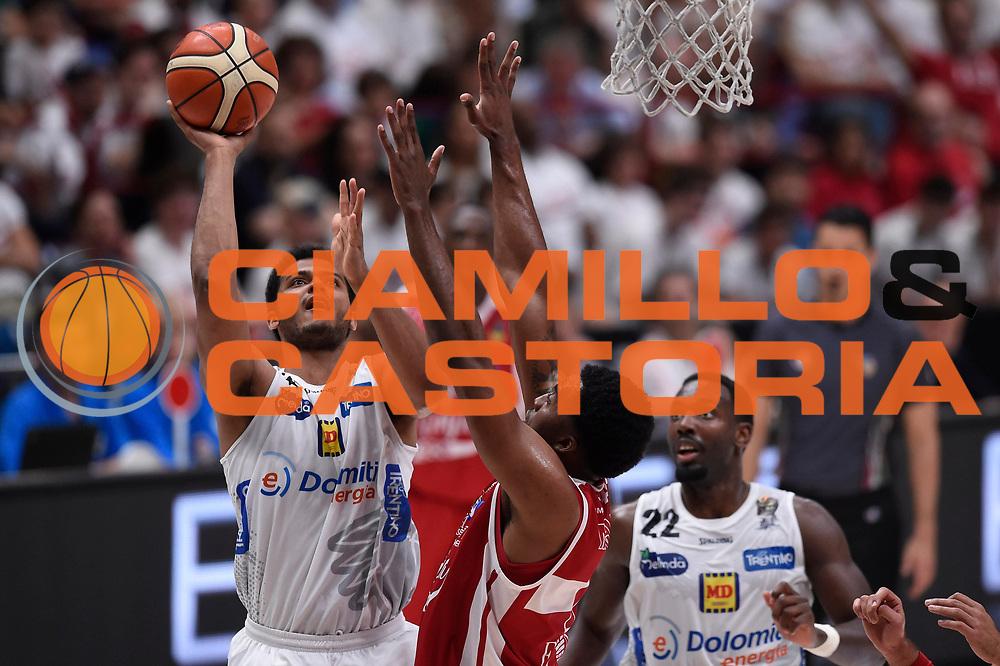 Shavon Shields<br /> EA7 Emporio Armani Olimpia Milano - Dolomiti Energia Aquila Basket Trento<br /> Lega Basket Serie A, Semifinali Playoff 2016/2017<br /> Milano, 25/05/2017<br /> Foto Ciamillo-Castoria