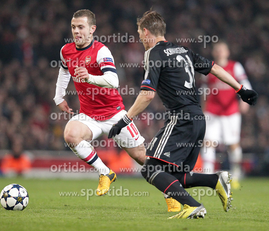19.02.2013, Emirates Stadion, London, ENG, UEFA Champions League, FC Arsenal vs FC Bayern Muenchen, Achtelfinale Hinspiel, im Bild Jack WILSHERE (FC Arsenal London - 10) am Ball gegen Bastian SCHWEINSTEIGER (FC Bayern Muenchen - 31) // during the UEFA Champions League last sixteen first leg match between Arsenal FC and FC Bayern Munich at the Emirates Stadium, London, Great Britain on 2013/02/19. EXPA Pictures © 2013, PhotoCredit: EXPA/ Eibner/ Ben Majerus..***** ATTENTION - OUT OF GER *****