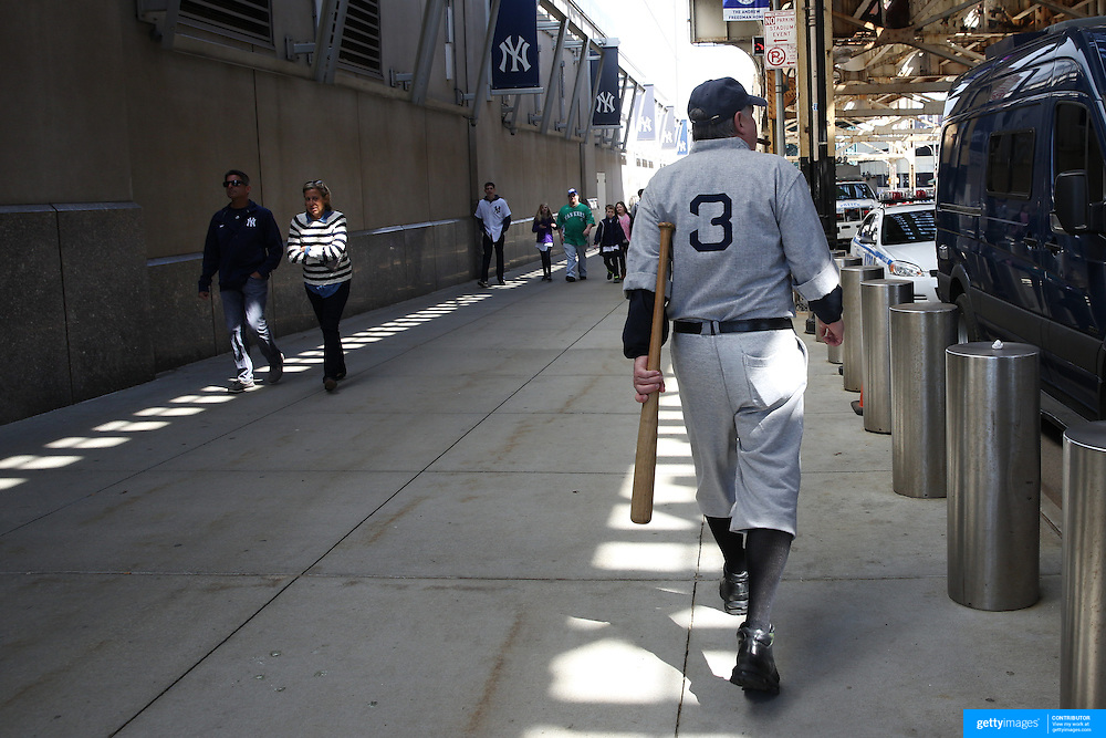 A BAbe Ruth lookalike outside Yankee Stadium before the New York Yankees Vs Toronto Blue Jays season opening day at Yankee Stadium, The Bronx, New York. 6th April 2015. Photo Tim Clayton