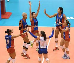 08-08-2014 NED: FIVB Grand Prix Nederland - Puerto Rico, Doetinchem<br /> Vreugde bij Puerto Rico na de 3-2 zege