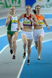 06-02-2010 ATLETIEK: NK INDOOR: APELDOORN<br /> Machteld Mulder op de 400 meter, links Lonneke Derriks en rechts Diana Spaargaren<br /> ©2010-WWW.FOTOHOOGENDOORN.NL