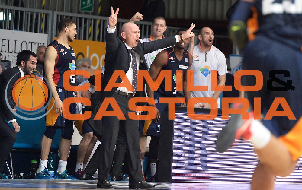 DESCRIZIONE : Cantu' Lega A 2014-2015 Acqua Vitasnella Cantu' Acea Virtus Roma<br /> GIOCATORE : Luca Dalmonte<br /> CATEGORIA : allenatore coach<br /> SQUADRA : Acea Virtus Roma<br /> EVENTO : Campionato Lega A 2014-2015<br /> GARA : Acqua Vitasnella Cantu' Acea Virtus Roma<br /> DATA : 11/01/2015<br /> SPORT : Pallacanestro<br /> AUTORE : Agenzia Ciamillo-Castoria/R.Morgano<br /> GALLERIA : Lega Basket A 2014-2015<br /> FOTONOTIZIA : Cantu' Lega A 2014-2015 Acqua Vitasnella Cantu' Acea Virtus Roma<br /> PREDEFINITA :