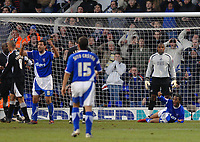 Photo: Ashley Pickering.<br />Ipswich Town v Swansea City. The FA Cup. 27/01/2007.<br />Ipswich's Jaime Peters (R) goes down in the box and a penalty is awarded