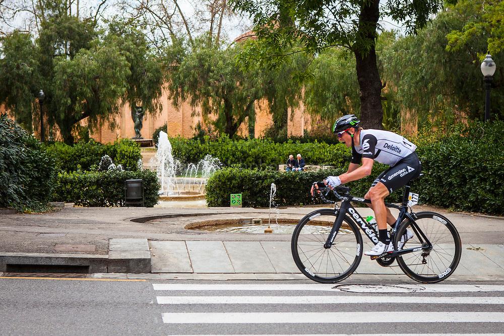 Dimension Data's Kanstantsin Siutsou climbs Montjuic, Barcelona, on the last stage of the Volta Catalunya 2016 cycling race. <br /> <br /> Dimension Data Kanstantsin Siutsou sube Montjuic, Barcelona, en la última etapa de la carrera ciclista Volta Catalunya 2016.<br /> <br /> Dimension Data Kanstantsin Siutsou puja Montjuïc, Barcelona, en l'última etapa de la cursa ciclista Volta Catalunya 2016.