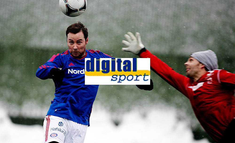 Fotball<br /> Treningskamp<br /> Sandvika Stadion 28.01.12<br /> B&aelig;rum - V&aring;lerenga VIF<br /> Veigar P&aacute;ll Gunnarsson scorer et ferdigannulert m&aring;l<br /> <br /> Foto: Eirik F&oslash;rde