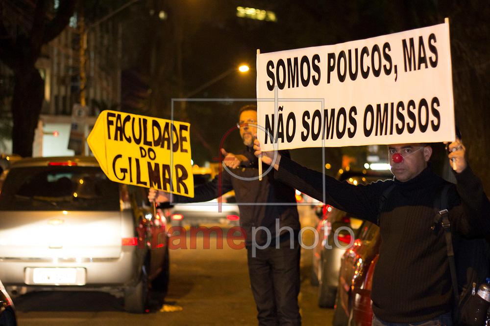 Protesto pede Impeachment de Gilmar Mendes em frente Faculdade de Direito (IDP) de São Paulo, em São Paulo (SP), na manhã desta quinta-feira (24). Foto: Uriel Punk/FramePhoto