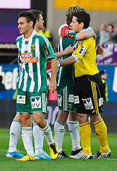 19.09.2010, Franz Horr Stadion, Wien, AUT, Stiegl Cup, Austria Amateure vs SK Rapid Wien, im Bild Jubel Rapid mit Keeper Raimund Hedl, (SK Rapid Wien, Keeper, #1), EXPA Pictures © 2010, PhotoCredit: EXPA/ M. Gruber / SPORTIDA PHOTO AGENCY