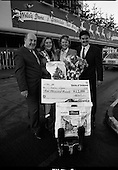 1989 - 5millionth Through Dublin Airport in 1989.  (T12).